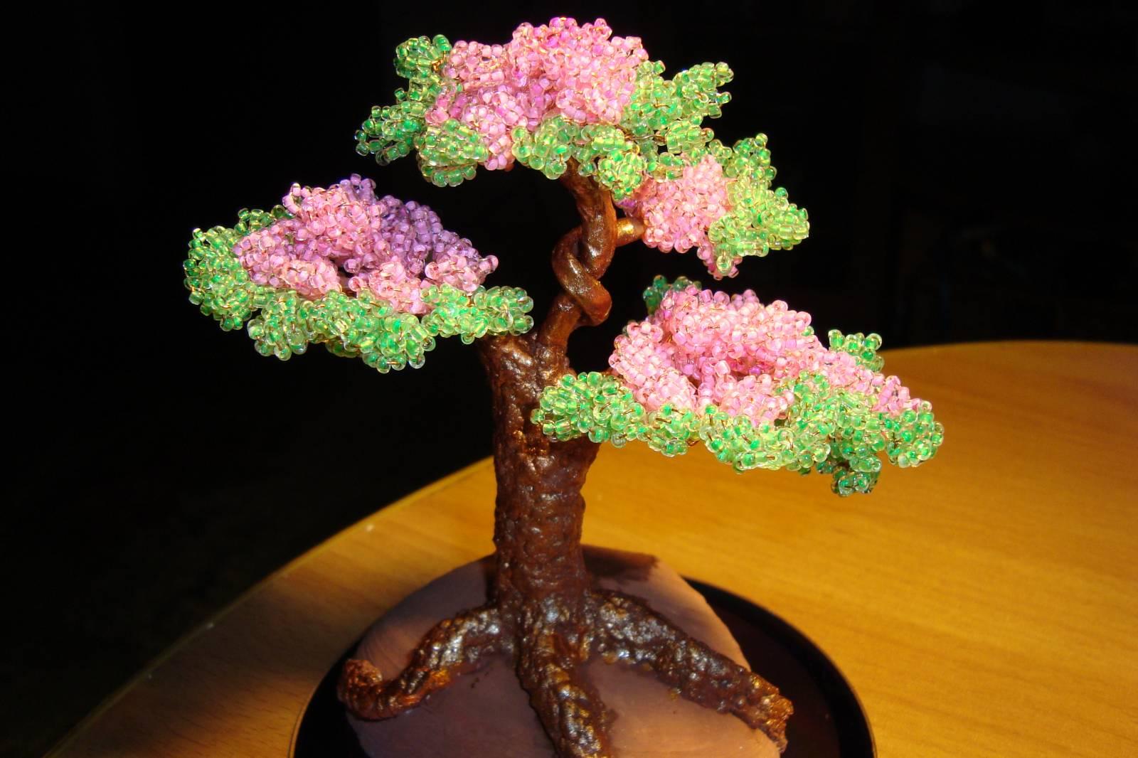 Плетение дерева из бисера (видео мастер класс) (мастер классы).  Видеоурок по.